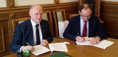 Podpisanie umowy z Nowym Targiem